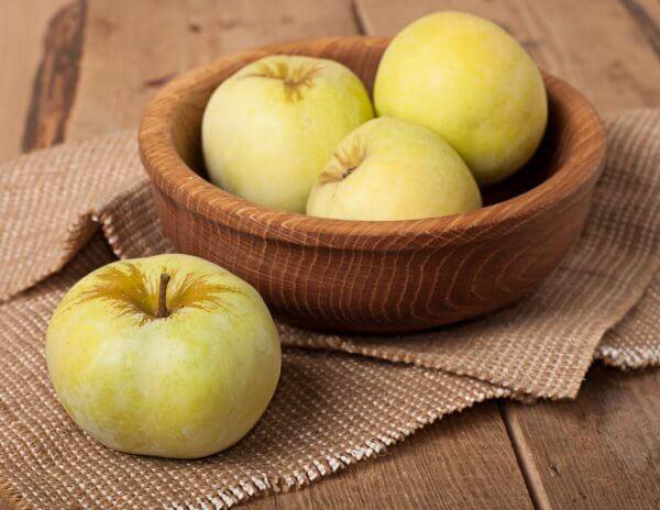 Яблоки Антоновка